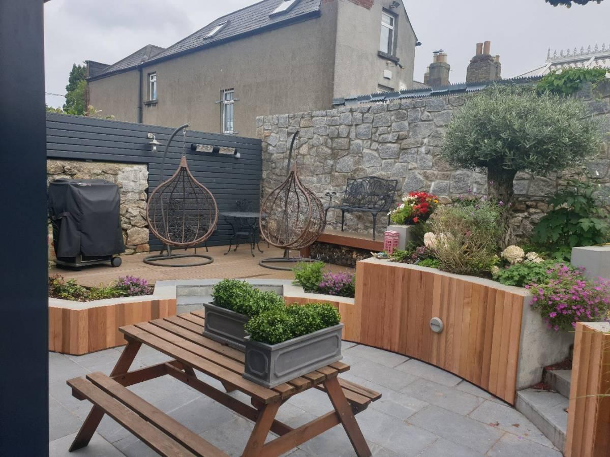 Outdoor decking installation2 Dublin4