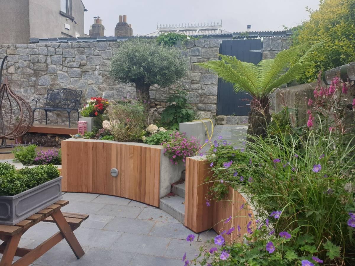 Outdoor decking installation Dublin4